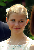 "Washington, DC - April 30, 2003 -- Elizabeth Smart and her parents attend the Rose Garden Ceremony where U.S. President George W. Bush signed the ""Amber Alert"" Bill, in Washington, DC on April 30, 2003..Credit: Ron Sachs"