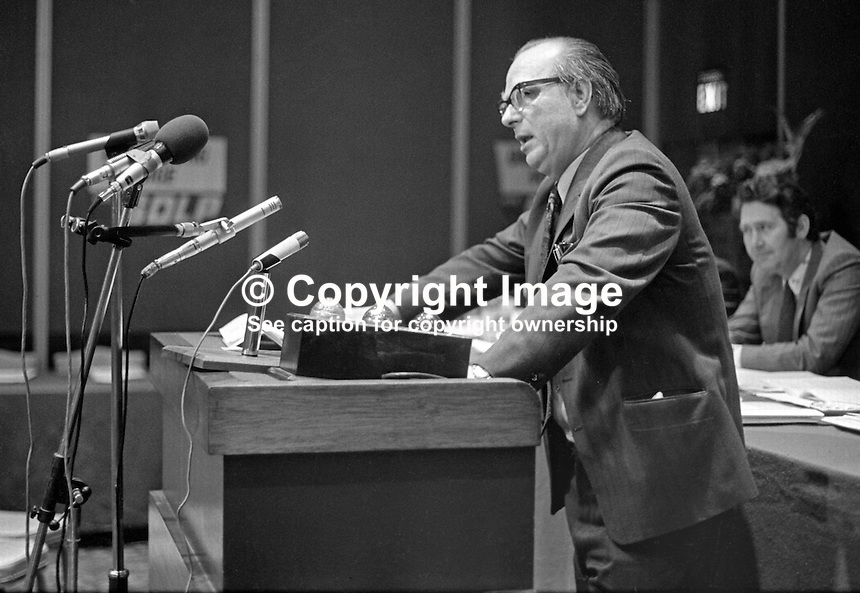 Gerry Fitt, leader, SDLP, Social Democratic &amp; Labour Party, speaking at his party's annual conference in the Europa Hotel, Belfast, N Ireland, UK, 197501000098GF1<br />