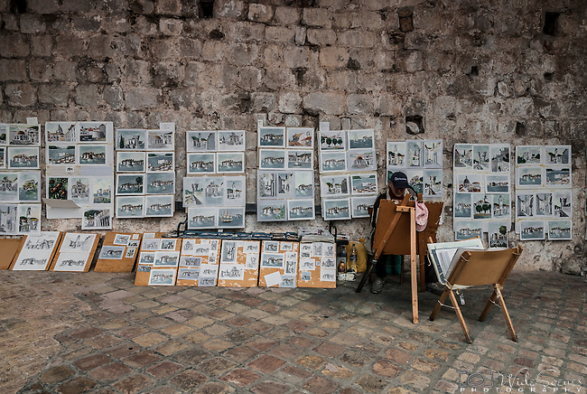 Street Art seller in the old town of Dubrovnik, Coratia