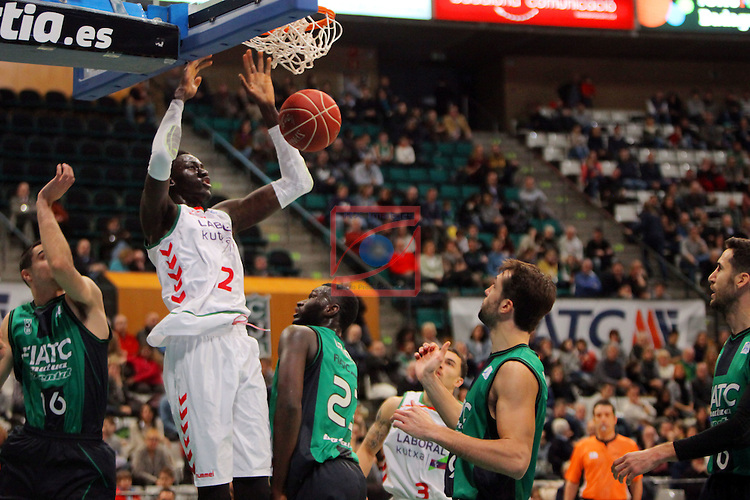 League ACB-Endesa 2015-2016. Game: 16.<br /> FIATC Joventut vs Laboral Kutxa Baskonia: 68-89.<br /> Diop vs Drame.