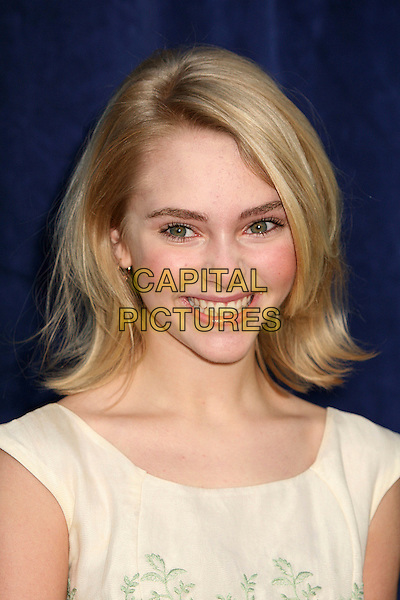 "ANNASOPHIA ROBB.""Bridge to Terabithia"" Los Angeles Premiere at the El Capitan Theatre, Hollywood, California, USA,.3 February 2007..portrait headshot.CAP/ADM/BP.©Byron Purvis/AdMedia/Capital Pictures."
