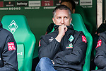 02.11.2019, wohninvest WESERSTADION, Bremen, GER, 1.FBL, Werder Bremen vs SC Freiburg<br /> <br /> DFL REGULATIONS PROHIBIT ANY USE OF PHOTOGRAPHS AS IMAGE SEQUENCES AND/OR QUASI-VIDEO.<br /> <br /> im Bild / picture shows<br /> Frank Baumann (Geschäftsführer Fußball Werder Bremen) auf der Bank, <br /> <br /> Foto © nordphoto / Ewert