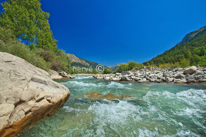 France, Alpes-de-Haute-Provence (04), Haut-Verdon, Parc National du Mercantour, le lit du Verdon au niveau de Beauvezer // France, Alpes de Haute Provence, Haut Verdon, Parc National du Mercantour (Mercantour National Park), the bed of the Verdon river at the level of Beauvezer