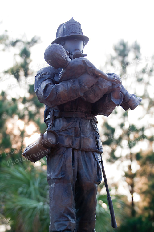 firefighters memorial statue south carolina fire academy bronze