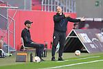 Spiel am 35 Spieltag in der Saison 2019-2020 in der 3. Bundesliga zwischen dem FC Ingolstadt 04 und dem SV Waldhof Mannheim am 24.06.2020 in Ingolstadt. <br /> <br /> Trainer Bernhard Trares (SV Waldhof Mannheim) reklamiert am Spielfeldrand<br /> <br /> Foto © PIX-Sportfotos *** Foto ist honorarpflichtig! *** Auf Anfrage in hoeherer Qualitaet/Aufloesung. Belegexemplar erbeten. Veroeffentlichung ausschliesslich fuer journalistisch-publizistische Zwecke. For editorial use only. DFL regulations prohibit any use of photographs as image sequences and/or quasi-video.