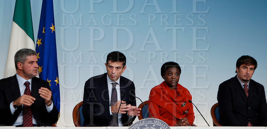 Da sinistra, l'Assessore al Lavoro, alla Casa ed all'emergenza abitativa al Comune di Roma Daniele Ozzimo, il Ministro per i Trasporti e le Infrastrutture Maurizio Lupi, il Ministro per l'Integrazione Cecile Kyenge e l'Assessore alle Infrastrutture, alle Politiche abitative, all'Ambiente della Regione Lazio Fabio Refrigeri durante una conferenza stampa sulle misure del governo a favore della casa, a Palazzo Chigi, Roma, 9 ottobre 2013.<br /> From left, Rome's Housing and Labour councilor Daniele Ozzimo, Italian Infrastructure and Transport Minister Maurizio Lupi, Integration Minister Cecile Kyenge and Region Lazio's Infrastructures, Housing and Environment councilor Fabio Refrigeri during a press conference about government's measures on housing, at Chigi Palace, Rome, 9 October 2013.<br /> UPDATE IMAGES PRESS/Isabella Bonotto