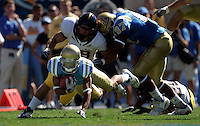 LOS ANGELES,CA - OCTOBER 9,2009: UCLA's Terrence Austin on a 1st quarter 25 yard punt return. UCLA Bruins vs. California Golden Bears, in an NCAA Pac 10 football game at the Rose Bowl, Sat. Oct 17, 2009..(Photo: Spencer Weiner/Los Angeles Times)