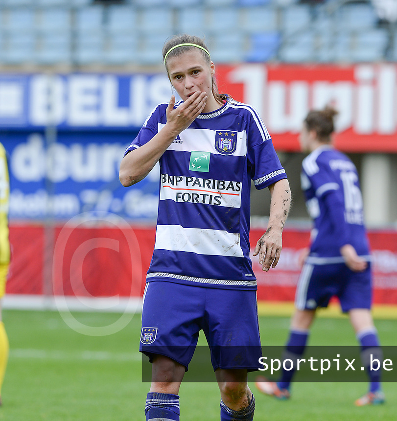 20160417 - WESTERLO , BELGIUM : Anderlecht's Anaelle Wiard pictured during the final of Belgian cup 2016 , a soccer women game between SK Lierse Dames and RSC Anderlecht  , in stadion Het Kuipje Westerlo , sunday 17 th April 2016 . PHOTO SPORTPIX.BE / DAVID CATRY