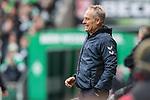 13.04.2019, Weserstadion, Bremen, GER, 1.FBL, Werder Bremen vs SC Freiburg<br /> <br /> DFL REGULATIONS PROHIBIT ANY USE OF PHOTOGRAPHS AS IMAGE SEQUENCES AND/OR QUASI-VIDEO.<br /> <br /> im Bild / picture shows<br /> Christian Streich (Trainer SC Freiburg) in Coachingzone / an Seitenlinie, <br /> <br /> Foto &copy; nordphoto / Ewert