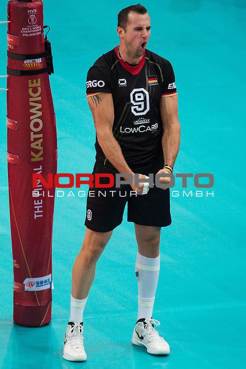 17.09.2014, Spodek, Kattowitz<br /> Volleyball, FIVB Volleyball Men`s World Championship 2014, 3. Runde, Deutschland (GER) vs. Iran (IRI)<br /> <br /> Jubel Georg / Gy&ouml;rgy / Gyoergy Grozer (#9 GER)<br /> <br />   Foto &copy; nordphoto / Kurth