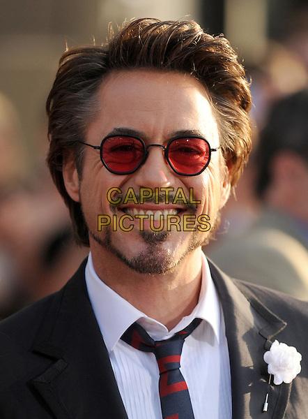 Robert Downey Jr Beard Tony Stark Styles