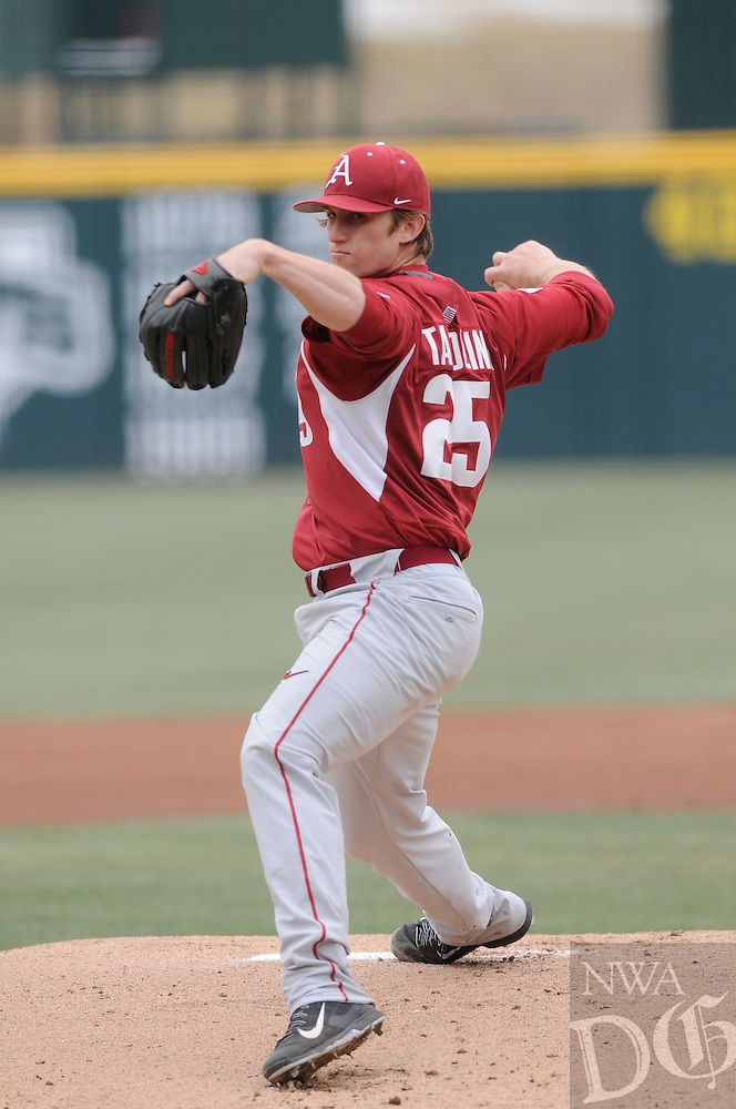 NWA Democrat-Gazette/ J.T. WAMPLER -- Arkansas pitcher Dominic Taccolini delivers a pitch against Eastern Illinois University Monday March 2, 2015.