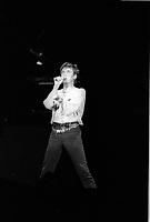 Jacques Higelin  a Montreal pour le spectacle ROSE de Diane Dufresne, le 16 aout 1984.<br /> <br /> Le spectacle ROSE a eu lieu au Stade Olympique de Montreal  le 16 aout 1984, 55 000 personnes etaient sur place, tous habilles en rose. <br /> <br /> <br /> PHOTO :  Agence Quebec Presse