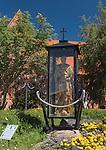 Hel. Posąg św. Piotra apostoła, rybaka - patrona Helu.
