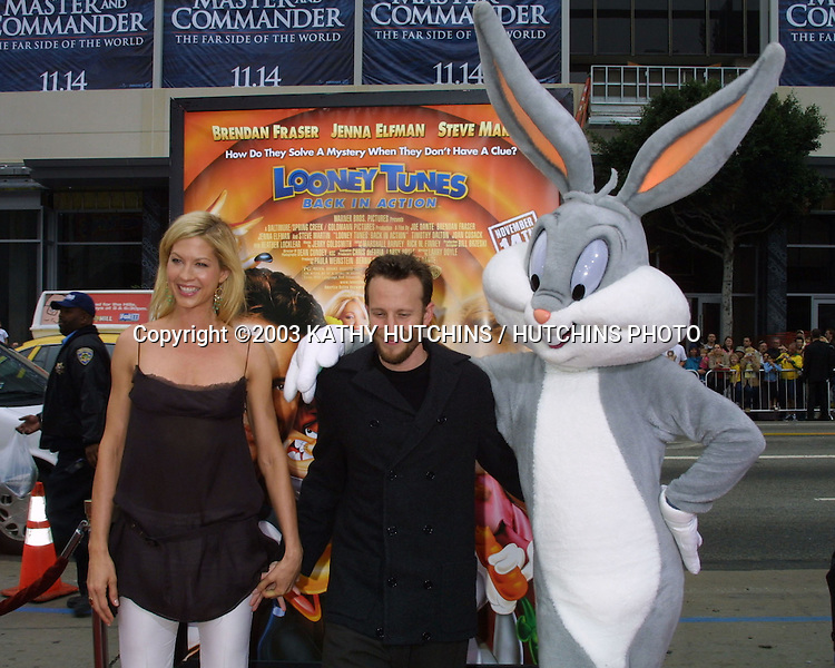 "©2003 KATHY HUTCHINS / HUTCHINS PHOTO.""LOONEY TUNES:  BACK IN ACTION"" PREMIERE.HOLLYWOOD, CA.NOVEMBER 9, 2003..JENNA AND BOHDI ELFMAN AND BUGS BUNNY"