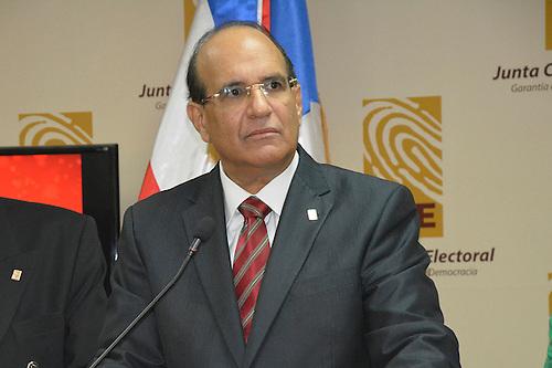 Julio César Castaños Guzmán.