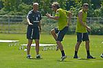 11.07.2010, An der Muehle, Norderney, GER, Trainingslager Werder Bremen 1. FBL 2010 - Day04 im Bild     Thomas Schaaf ( Werder  - Trainer  COACH) und Clemens Fritz ( Werder #08) Foto © nph / Kokenge