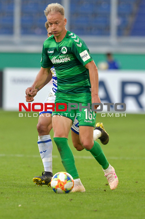 11.08.2019 , Schauinsland-Reisen Arena, Duisburg, DFB Pokal<br /> <br /> DFB REGULATIONS PROHIBIT ANY USE OF PHOTOGRAPHS AS IMAGE SEQUENCES AND/OR QUASI-VIDEO.<br /> <br /> im Bild / picture shows Havard Nielsen ( Greuther Fuerth #16 ).<br /> <br /> Foto © nordphoto / Freund