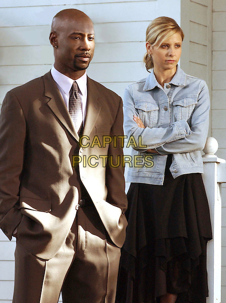 """Get It Done"" - Principal Wood (DB Woodside) and Buffy (Sarah Michelle Gellar) carefully monitor the training of the slayer wannabes, on BUFFY THE VAMPIRE SLAYER.    .Filmstill - Editorial Use Only.Ref: FB.sales@capitalpictures.com.www.capitalpictures.com.Supplied by Capital Pictures."