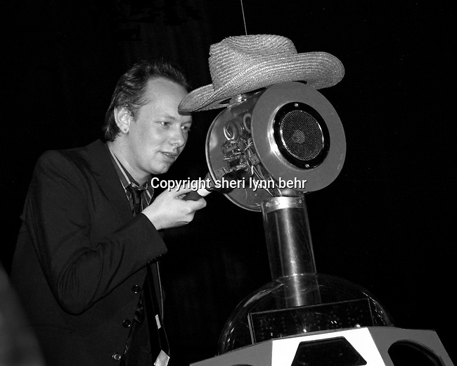Joe Jackson and FUBAR the robot onstage at the Palladium in New York City in September 1979