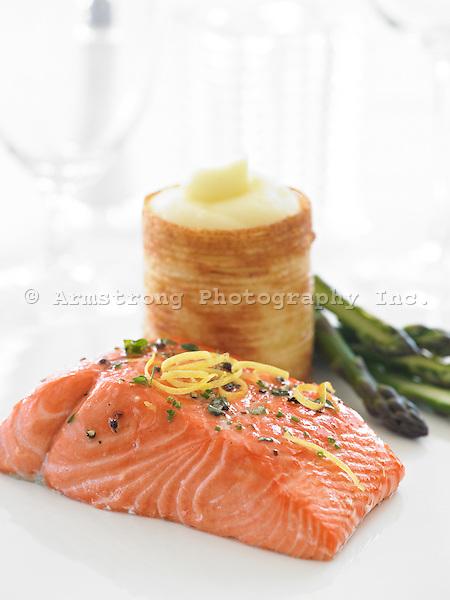 Salmon fillet with asparagus and potato blinis (pancakes)