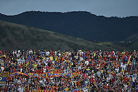 PASTO -COLOMBIA, 12-07-2015: Hinchas de Deportivo Pasto corean a su equipo durante el encuentro entre Deportivo Pasto y Millonarios por la primera fecha de la Liga Águila II 2015 jugado en el estadio La Libertad de la ciudad de Pasto./ Fan of Deportivo Pasto cheer their team during the match between Deportivo Pasto and Millonarios in the match for the first date of the Aguila League II 2015 played at La Libertad stadium in Pasto city. Photo: VizzorImage / Gabriel Aponte / Staff