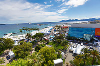 Der Palais des Festivals et des Congres während des Festival de Cannes 2019 / 72. Internationale Filmfestspiele von Cannes am Palais des Festivals. Cannes, 13.05.2019
