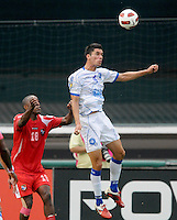 El Salvador Steve Purdy (4) heads the ball.  Panama defeated El Salvador in penalty kicks 5-3 in the quaterfinals for the 2011 CONCACAF Gold Cup , at RFK Stadium, Sunday June 19, 2011.