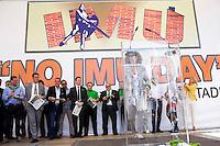 Verona: sidaci leghisti durante la manifestazione organizzata dalla Lega Nord per protestare contro l'IMU la tassa sulla casa introdotta dal Governo Monti.