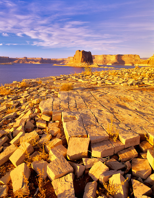 Fractured rocks on banks of Lake Powel, Utah