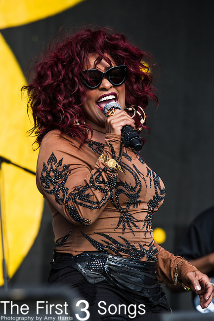 Chaka Khan performs during the New Orleans Jazz & Heritage Festival in New Orleans, LA.