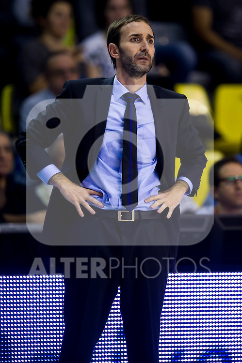 Gipuzkoa Basket Club's coach Sito Alonso during Liga Endesa ACB 2013-2014 match against FC Barcelona. November 3, 2013. (ALTERPHOTOS/Alex Caparros)