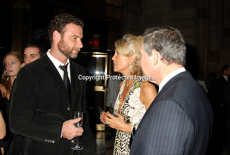 Liev Schreiber and Christine and Stephen Schwarzman..at The 7th Annual New Yorkers for Children Fall Gala ..on September 21, 2006 at Cipriani 42nd Street. ..Robin Platzer, Twin Images