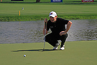 Stephen Gallacher (SCO) on the 9th green during Sunday's Final Round of the 2012 Omega Dubai Desert Classic at Emirates Golf Club Majlis Course, Dubai, United Arab Emirates, 12th February 2012(Photo Eoin Clarke/www.golffile.ie)