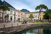 Italy, Trentino, Lake Garda, Riva del Garda: Piazza Giuseppe Garibaldi | Italien, Trentino, Gardasee, Riva del Garda: Piazza Giuseppe Garibaldi