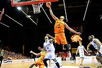 GRONINGEN - Basketbal, Nederland - Italie, WK kwalificatie 2019, Martiniplaza, 01-07-2018 Stefan Wessels met Pietro Aradori