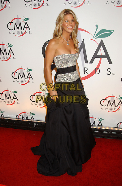 SHANNON BROWN.The 39th Annual CMA Country Music Awards held at Madison Square Garden, New York, NY .November 15th, 2005.Photo by: Laura Farr/AdMedia/Capital Pictures.Ref: LF/ADM.full length black dress skirt grey gray strapless belt gathered.www.capitalpictures.com.sales@capitalpictures.com.© Capital Pictures.