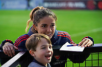 20191027 - Boreham Wood: Arsenal's Danielle Van De Donk is pictured posing with a fan after the Barclays FA Women's Super League match between Arsenal Women and Manchester City Women on October 27, 2019 at Boreham Wood FC, England. PHOTO:  SPORTPIX.BE | SEVIL OKTEM