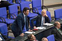 Sitzung des Deutschen Bundestag am Donnerstag den 19. April 2018.<br /> Im Bild: Jan  Ralf Nolte, Abgeordneter der rechtsnationalistischen &quot;Alternative fuer Deutschland&quot;, AfD, nimmt Stellung zu den Vorhaltungen aus dem Plenum, er wuerde einen Rechtsextremisten als Angestellten beschaeftigten, der Aufgrund seiner rechtsextremen Umtriebe keine Sicherheitsfreigabe des Deutschen Bundestag und somit auch keine Zugangsberechtigung zum Bundestag bekommen hat.<br /> Rechts der AfD-Abgeordnete Wilhelm von Gottberg. <br /> 19.1.2018, Berlin<br /> Copyright: Christian-Ditsch.de<br /> [Inhaltsveraendernde Manipulation des Fotos nur nach ausdruecklicher Genehmigung des Fotografen. Vereinbarungen ueber Abtretung von Persoenlichkeitsrechten/Model Release der abgebildeten Person/Personen liegen nicht vor. NO MODEL RELEASE! Nur fuer Redaktionelle Zwecke. Don't publish without copyright Christian-Ditsch.de, Veroeffentlichung nur mit Fotografennennung, sowie gegen Honorar, MwSt. und Beleg. Konto: I N G - D i B a, IBAN DE58500105175400192269, BIC INGDDEFFXXX, Kontakt: post@christian-ditsch.de<br /> Bei der Bearbeitung der Dateiinformationen darf die Urheberkennzeichnung in den EXIF- und  IPTC-Daten nicht entfernt werden, diese sind in digitalen Medien nach &sect;95c UrhG rechtlich geschuetzt. Der Urhebervermerk wird gemaess &sect;13 UrhG verlangt.]