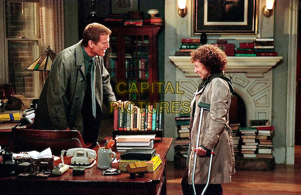 TED DANSON & RHEA PERLMAN.in Becker.Filmstill - Editorial Use Only.Ref: FB.www.capitalpictures.com.sales@capitalpictures.com.Supplied by Capital Pictures
