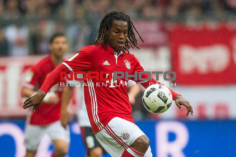 17.09.2016, Allianz Arena, Muenchen, GER, 1.FBL,  FC Bayern Muenchen vs. FC Ingolstadt, im Bild Renato Sanches (FCB #35) <br /> <br /> Foto &copy; nordphoto / Straubmeier