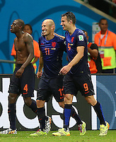Arjen Robben and Robin Van Persie of Netherlands celebrate at full time