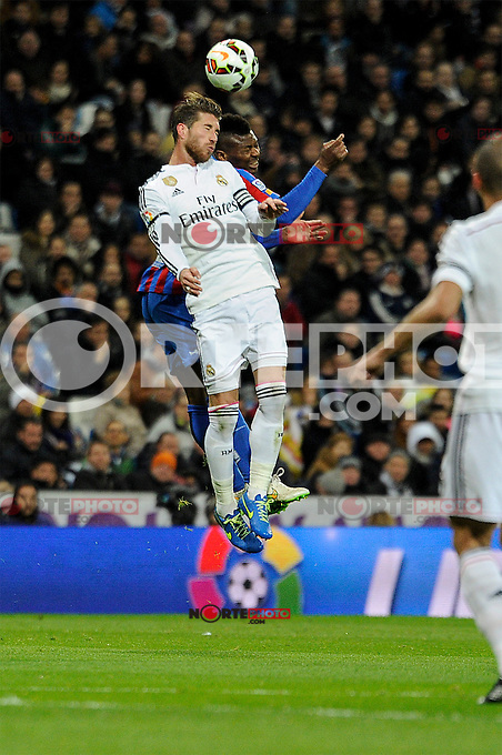 Real Madrid´s Sergio Ramos and Levante UD´s Kalu Uche during 2014-15 La Liga match between Real Madrid and Levante UD at Santiago Bernabeu stadium in Madrid, Spain. March 15, 2015. (ALTERPHOTOS/Luis Fernandez) /NORTEphoto.com