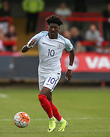 Ainsley Maitland-Niles (Arsenal) of England on the ball during the International match between England U20 and Brazil U20 at the Aggborough Stadium, Kidderminster, England on 4 September 2016. Photo by Andy Rowland / PRiME Media Images.