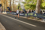 2019-11-17 Fulham 10k 059 SB Finish rem