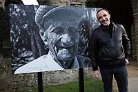 """Nikos Aliagas présente ses photographies """" """" L'épreuve du temps """" - Belgique"""