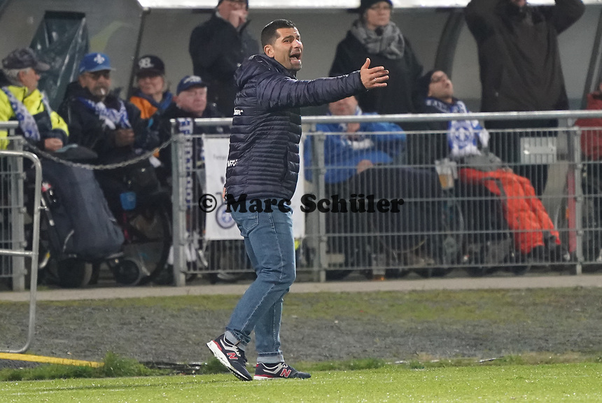 Trainer Dimitrios Grammozis (SV Darmstadt 98) - 29.10.2019: SV Darmstadt 98 vs. Karlsruher SC, Stadion am Boellenfalltor, 2. Runde DFB-Pokal<br /> DISCLAIMER: <br /> DFL regulations prohibit any use of photographs as image sequences and/or quasi-video.