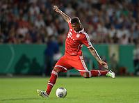 FUSSBALL       DFB POKAL 1. RUNDE        SAISON 2013/2014 in Osnabrueck BSV Schwarz-Weiss Rehden  - FC Bayern Muenchen  06.08.2013 Jerome Boateng (FC Bayern Muenchen) am Ball
