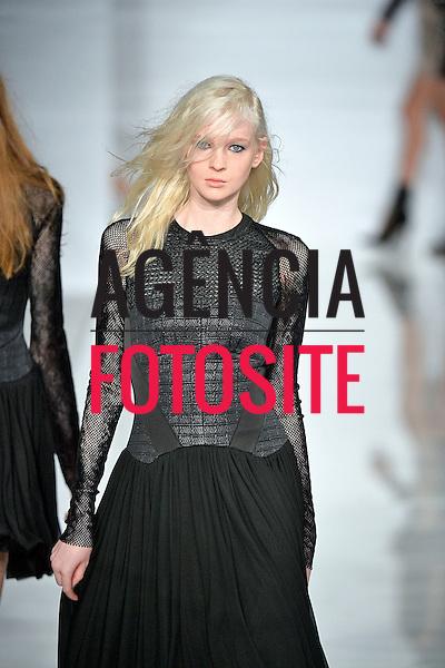 Antonio Berardi<br /> Womenswear Fall Winter 2014 London Fashion Week February 2014 Londres, Inglaterra &ndash; 02/2014 - Desfile de Antonio Berardi durante a Semana de moda de Londres - Inverno 2014. <br /> Foto: FOTOSI