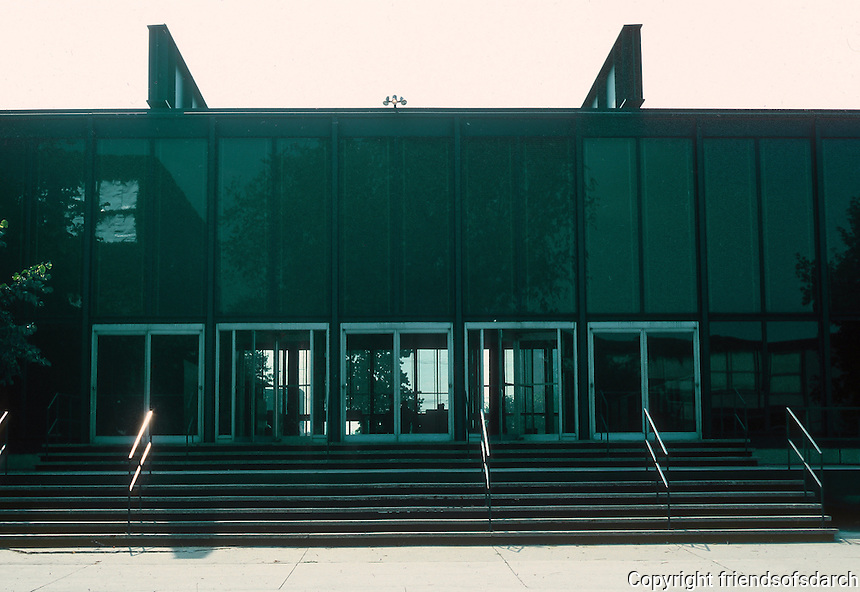 Mies van der Rohe: Illinois Institute of Technology, Chicago. Facade. Photo '76.